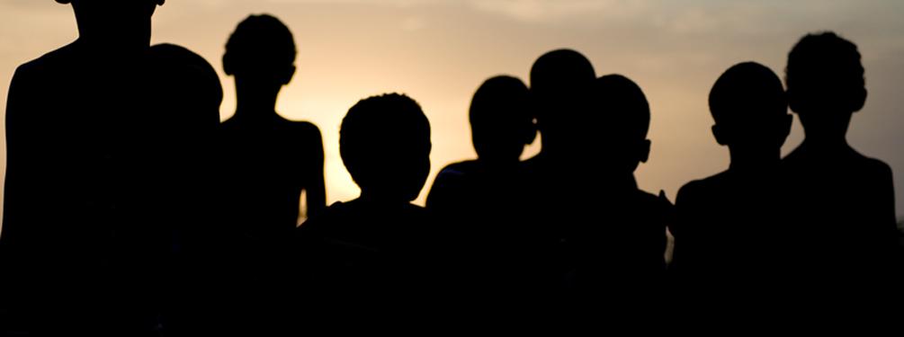header-silhouettes